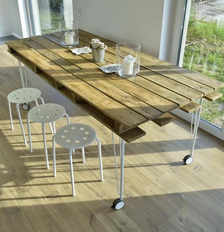 Une table à partir de palettes