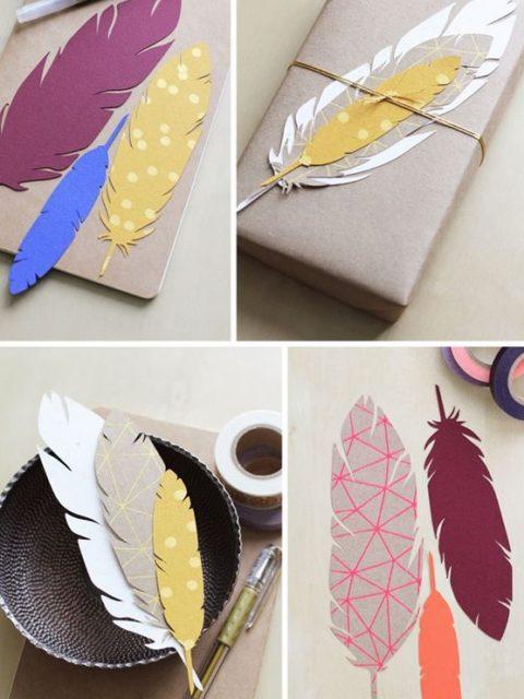 Etiquette en forme de plume